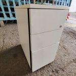 Pedestal_-_3_drawer_white.jpg